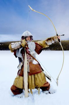 ♂ world Martial Arts Mongolian Archer woman in the snow