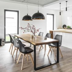 Modern Kitchen Dining Room Design and Decor Ideas – Esszimmer Farmhouse Dining Room Table, Wooden Dining Tables, Dining Room Furniture, Kitchen Dining, Dining Room Modern, Round Dining, Rustic Farmhouse, Small Dining Rooms, Multipurpose Dining Room