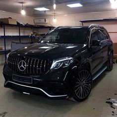 Wow, this Mercedes🔥❤!-Wow, this Mercedes🔥❤! Top Luxury Cars, Luxury Sports Cars, Luxury Suv, Sport Cars, Mercedes Suv, Black Mercedes Benz, Bmw I8, Carros Audi, Mercedez Benz