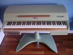 Fender Rhodes Student Piano