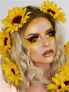 Short Brown To Light Golden Ombre Curly Synthetic Lace Front Wig - All For Hair Color Balayage Flower Makeup, Fairy Makeup, Makeup Art, Bee Makeup, Butterfly Makeup, Mermaid Makeup, Makeup Ideas, Ombre Hair, Light Golden Brown Hair