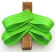 How to make a Christmas Tree Hair Bow Clip » Curbly | DIY Design Community