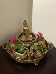 India Home Decor, Ethnic Home Decor, Diy Home Decor Projects, Home Decor Furniture, Vintage Furniture, Decor Ideas, Pooja Room Design, Home Room Design, Entrance Decor