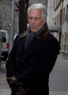 Jeffrey Epstein 2011 in New York: Der US-Milliardär verbrachte 13 Monate im Gefängnis, nachdem er sich schuldig bekannte, eine Minderjährige zum Sex gezwungen zu haben....