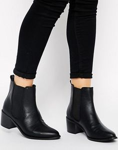 Buy ASOS ROAR Chelsea Ankle Boots at ASOS. Get the latest trends with ASOS now. Botas Chelsea, Chelsea Ankle Boots, Flat Leather Ankle Boots, Low Heel Ankle Boots, Leather Booties, Black Leather, Calf Boots, Bootie Boots, Shoe Boots