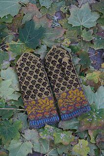 Ravelry: Golden Acorns Mittens pattern by Natalia Moreva