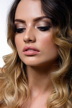 Brisbane Makeup Artist with a touch of luxury! Grab your gal pals, a glass of vino & vibe out in our private studio. Glamour Makeup, Gal Pal, Beauty Bar, Brisbane, Makeup Inspiration, Hair And Nails, Menu, Studio, Luxury
