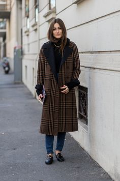 60 Chic Fall Outfit Ideas. You can't go wrong with a classic black turtleneck and jeans combo for fall, and a menswear-inspired plaid overcoat is the perfect outer layer for cooler days.
