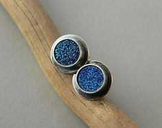 https://www.etsy.com/listing/567702669/stud-earrings-agateraw-silver-small?ref=shop_home_active_2