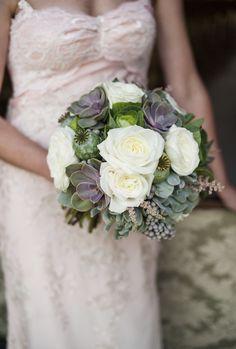 Gorgeous succulent bride bouquet