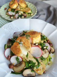 ma vie est delicieuse versteht etwas von Salaten! Das man merkt man allein schon an der Kombination der Zutaten: gebackener Käse, Zucchini, Pilze, Lavendelhonig, Radieschen uvm.. Eindeutig ein Salat von dem man satt wird!
