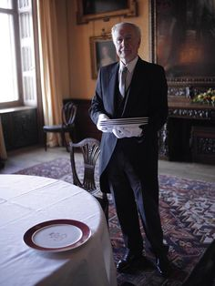 Colin Edwards, the butler at Highclere Castle - The Real Downton Abbey Downton Abbey Castle, The Real Downton Abbey, Downton Abbey Series, Colin Edwards, England Countryside, Royal Residence, English Manor, Country Estate, Cumbria