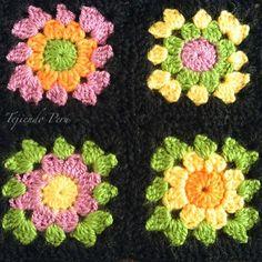 Una de las cosas más divertidas para tejer a crochet son los cuadrados o grannys, no les parece?... Con ellos podemos alegrar cualquier rincón de la casa :)