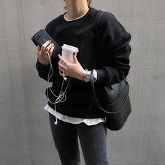 Korean Fashion – How to Dress up Korean Style – Designer Fashion Tips Look Fashion, Korean Fashion, Fashion Outfits, Womens Fashion, Fashion Tips, Fashion Design, Fashion Trends, Classy Fashion, Style Casual