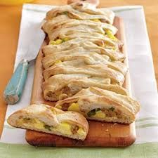 Breakfast and Brunch Recipes Jalapeno, Sausage, Jack and Egg Breakfast Braid--think of the possibilities!Jalapeno, Sausage, Jack and Egg Breakfast Braid--think of the possibilities! Breakfast Braid Recipe, Breakfast Desayunos, Best Breakfast Recipes, Breakfast Dishes, Brunch Recipes, Breakfast Ideas, Breakfast Healthy, Sausage Breakfast, Breakfast Calories