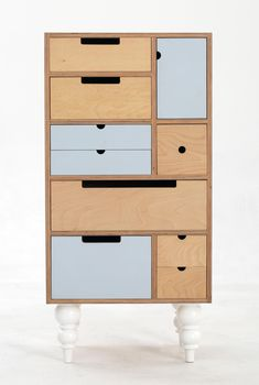 Play Play™ Original - Tall Chest with white turned legs Eco Furniture, Furniture Update, Modular Furniture, Plywood Furniture, Repurposed Furniture, Quality Furniture, Furniture Plans, Furniture Design, Furniture Stores