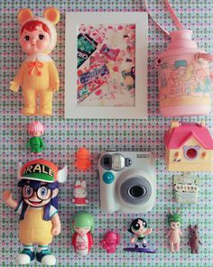 Ma déco kawaii 可愛い#2 – Poulette Magique Kitsch, Cute Eyes, Little My, Home And Deco, Pretty And Cute, Having A Baby, Cute Crafts, Toy Boxes, Japanese Culture