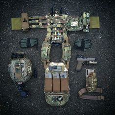 NOTE gloves, pouches, pouch placement, chemlights
