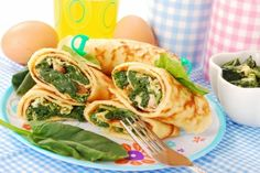Breakfast: Total Choice Egg Spinach Wrap: Fuel up and stay full all morning long. Enjoy this recipe on the Total Choice plan. Low Calorie Recipes, Diet Recipes, Cooking Recipes, Healthy Recipes, Healthy Breakfast Wraps, Breakfast Recipes, Vegetarian Breakfast, Diet Breakfast, Crepes Rellenos