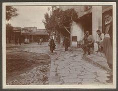 Η αρχή από πλατεία Κορνάρου προς 1866 Old Photos, Vintage Photos, Heraklion, Greek Islands, Crete, Nostalgia, Places To Visit, Snow, Painting