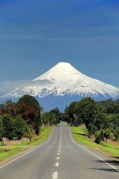 Osorno Volcano is located in Los Lagos Region of Chile. It stands on the southeastern shore of Llanquihue Lake, Osorno Volcano is a symbol of the local landscape, and is noted for its similar appearance to Mount Fuji in Japan . Places To Travel, Places To See, Travel Destinations, Vacation Travel, Beautiful World, Beautiful Places, Beautiful Scenery, Beautiful Roads, Amazing Places