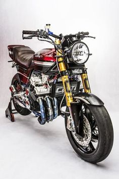 The right solution CBX Restomod RocketGarage Cafe Custom Motorcycles, Custom Bikes, Cars And Motorcycles, Vintage Motorcycles, Honda Bikes, Kawasaki Motorcycles, Cafe Racer Motorcycle, Motorcycle Style, Women Motorcycle