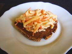 Aneta Goes Yummi: Jednoduchý a pritom dokonalý zelerovo-mrkvový šalát