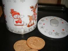 Medovo-škoricové pečiatkové keksy - recept Barware, Kitchen, Cooking, Home Kitchens, Kitchens, Cucina, Cuisine, Room Kitchen, Drinkware