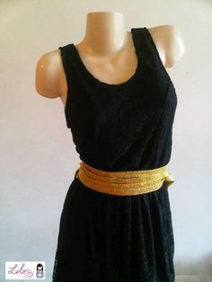 Vestido de Encaje- Colección Invierno 2012. El cinturón es opcional