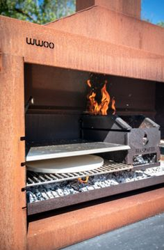 The WWOO braaimaster is all you need in one bbq => www. Barbecue, Bbq Grill, Grilling, Parilla Grill, Argentine Grill, Built In Braai, Brick Bbq, Grilled Pizza, Grill Design