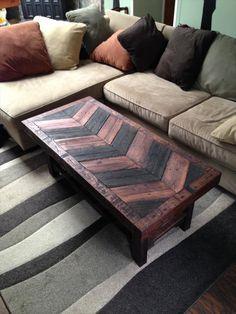 Hardwood Pallet Coffee #Table | Pallet Furniture DIY