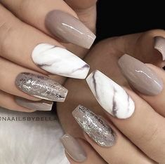 Light Brown Marble Nails