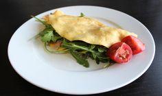Schinken-Frühlingszwiebel-Omlett mit Rucola / Rezept unter www.lebepaleo.de  Ham and green onion omelette with rocket salad / Recipe at www.lebepaleo.de