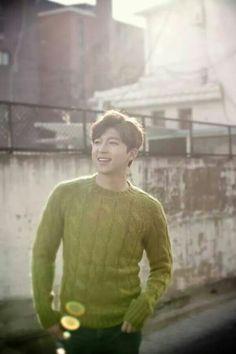 Soohyun Asian Guys, Asian Men, U Kiss, Men Sweater, Korean, Kpop, Stars, Sweaters, Korean Language