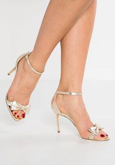 no 🛒 Stuart Weitzman, Peep Toe, Sandals, Heels, Fashion, Shoes Sandals, Moda, La Mode, Shoes High Heels