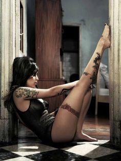Tattooed legs are sexy...