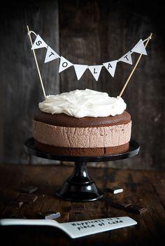 ... cream cheese and chocolate cake ...