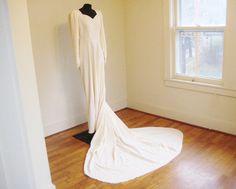 Vintage 30's 40's Ivory Velvet Wedding Dress by perniejaynevintage, $199.00