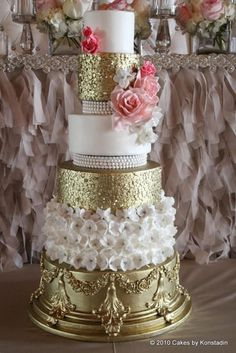 Every details nested in these gorgeous wedding cake designs from Cakes by Konstadin couldn't be more effortlessly elegant and timeless. Crazy Wedding Cakes, Elegant Wedding Cakes, Elegant Cakes, Beautiful Wedding Cakes, Gorgeous Cakes, Wedding Cake Designs, Pretty Cakes, Wedding Cake Toppers, Wedding Unique