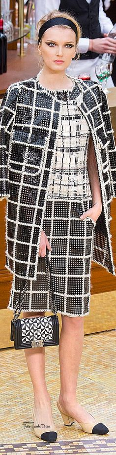 Fashion week paris chanel fall 2015 18 New Ideas Chanel 2015, Coco Chanel, Karl Lagerfeld, Chanel Jacket, Chanel Dress, Chanel Bags, Fashion Show, Fashion Outfits, Womens Fashion