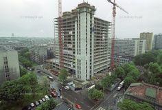 pastsilesia: Rośnie Altus (Katowice, 2001)