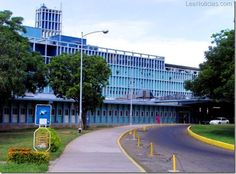 Destituyen a Directora del hospital Universitario de Maracaibo - http://www.leanoticias.com/2012/09/20/destituyen-a-directora-del-hospital-universitario-de-maracaibo-2/