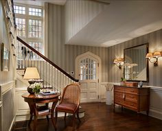 Clever Classic Home Foyer Decor With Reading Corner Luxury Interior Design, Interior And Exterior, Classic Interior, Classic Home Furniture, Traditional Staircase, Foyer Decorating, Decorating Ideas, Entry Foyer, Entry Stairs