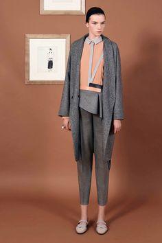 Vionnet Pre-Fall 2016 Fashion Show  http://www.vogue.com/fashion-shows/pre-fall-2016/vionnet/slideshow/collection#13