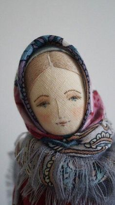 Fabric doll in the making.by Willowynn textile art Tiny Dolls, Soft Dolls, Dolly Doll, Sewing Dolls, Fabric Dolls, Rag Dolls, Fabric Doll Pattern, Softies, Doll Crafts