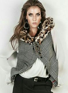 Awesome designer gillet with real leopard fur and best quality stoned broach. Find it at facebook: Miss & Prince