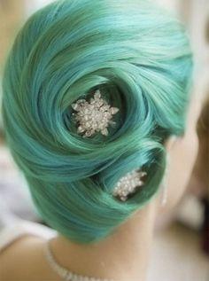 capelli da sposa blu verdi