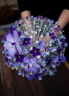 Wall | VK Brooch Bouquets, Bride Bouquets, Floral Bouquets, Flowers For You, Love Flowers, Purple Flowers, Elle Rose, Umbrella Decorations, Arte Floral
