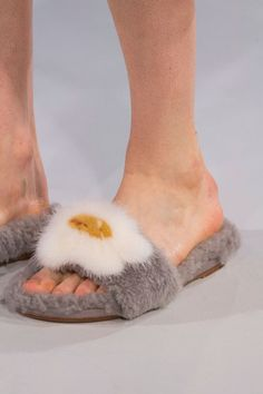 0e5f73e4b1c 41 Flats and Heels We Have Spotted on the Catwalk and Want on Our Feet