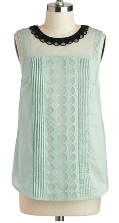 Adorable lace top in mint http://rstyle.me/n/bgpzvnyg6